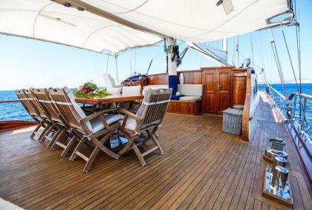 aegean schatz motor sailer gulet aft table (3) -  Valef Yachts Chartering - 3054