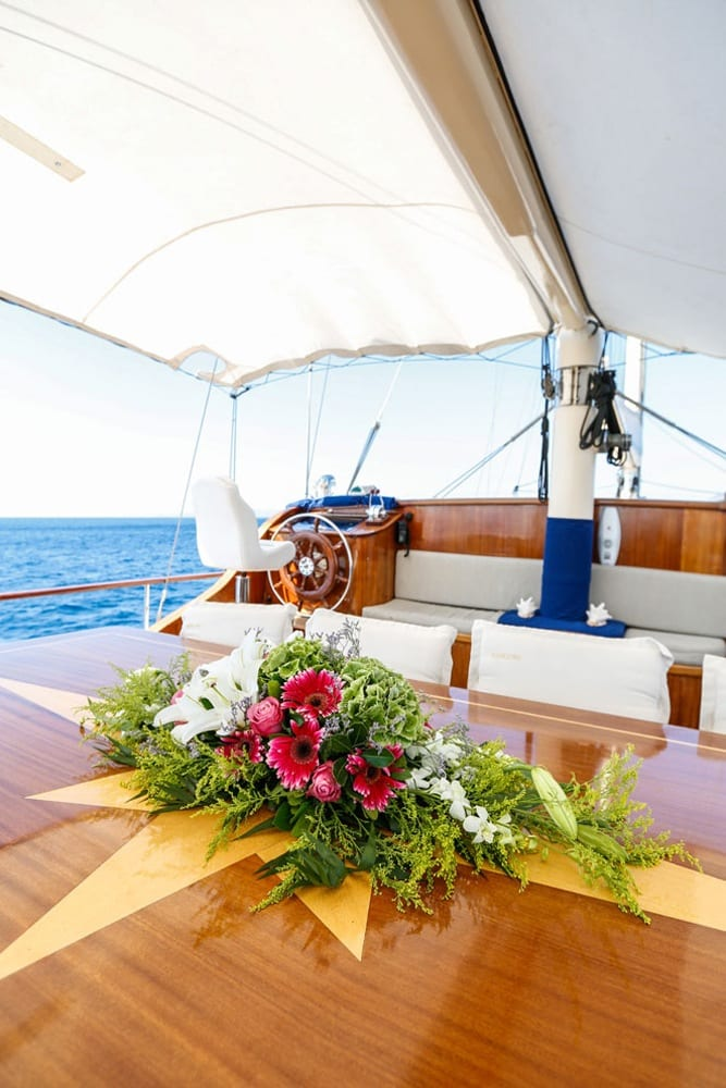 aegean schatz motor sailer gulet aft table (4) -  Valef Yachts Chartering - 3053