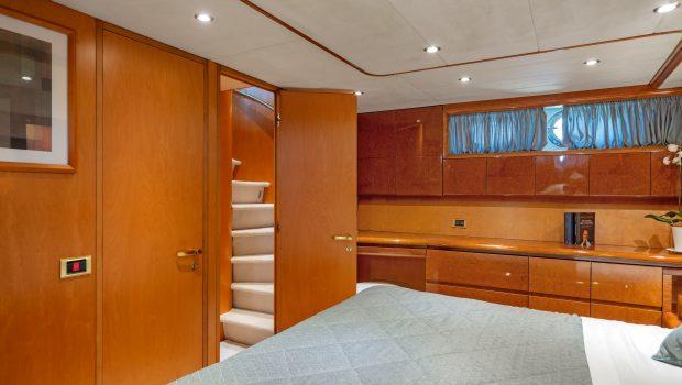 alandini motor yacht cabins (12) min -  Valef Yachts Chartering - 3499