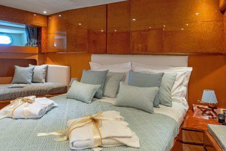 alandini motor yacht cabins (5) min -  Valef Yachts Chartering - 3506