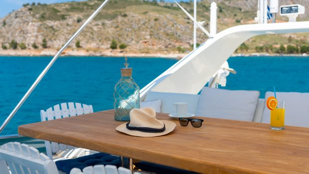 alandini motor yacht dining (4) min -  Valef Yachts Chartering - 3490
