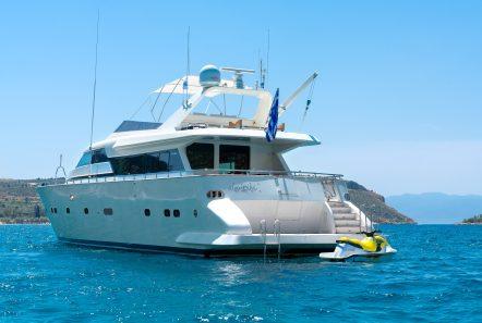 alandini motor yacht exteriors (9) min -  Valef Yachts Chartering - 3483