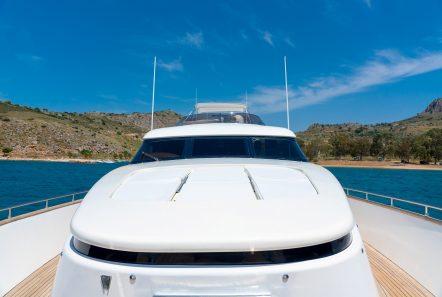 alandini motor yacht fore (2) min -  Valef Yachts Chartering - 3481