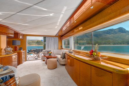 alandini motor yacht salon (2) min -  Valef Yachts Chartering - 3531