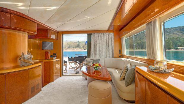 alandini motor yacht salon (3) min -  Valef Yachts Chartering - 3530