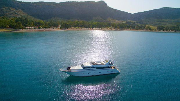 alandini motor yacht side view (4) min -  Valef Yachts Chartering - 3523