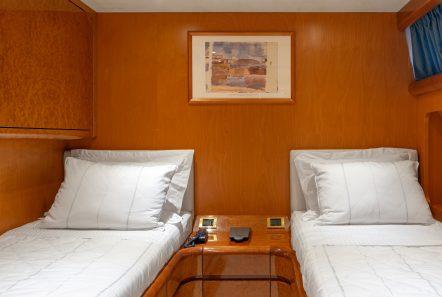 alandini motor yacht twins (1) min -  Valef Yachts Chartering - 3519