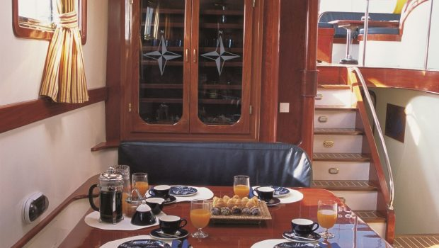 almyra motor salier indoor table min -  Valef Yachts Chartering - 3223