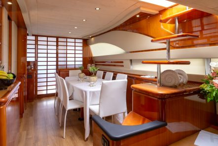 amor motor yacht dining min -  Valef Yachts Chartering - 2913