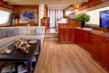 amor motor yacht salon min -  Valef Yachts Chartering - 2908
