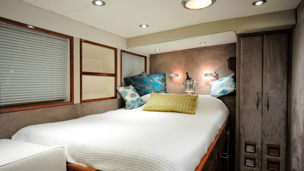 astarte motor sailer room3 -  Valef Yachts Chartering - 3587