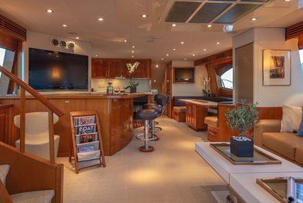 astrape hatteras salon min -  Valef Yachts Chartering - 2833