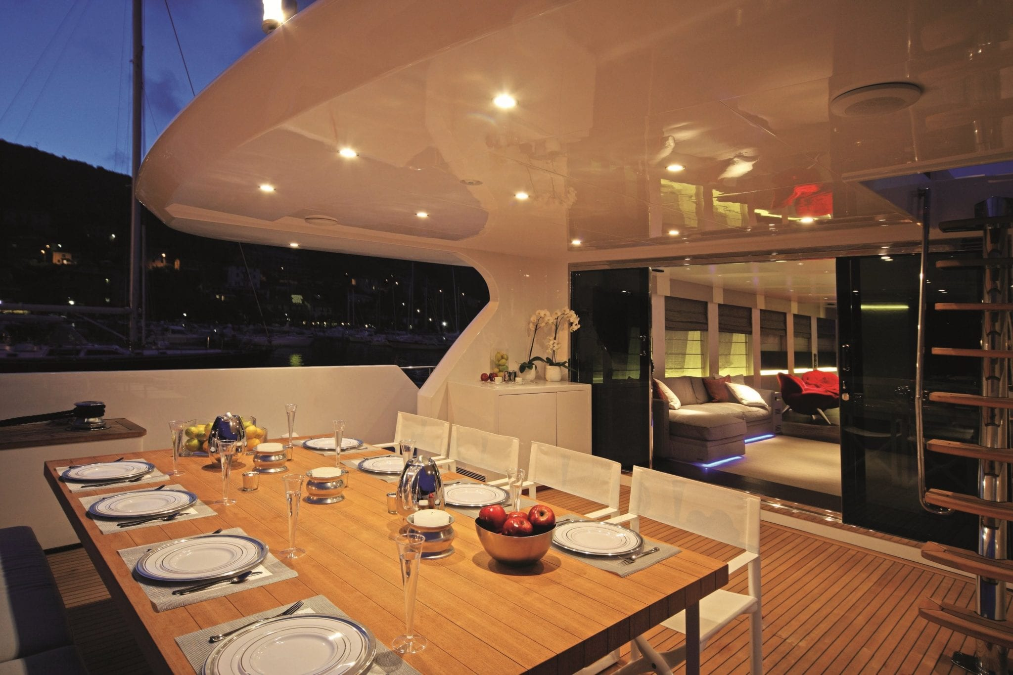 aurora motor yacht aft dining min -  Valef Yachts Chartering - 2603