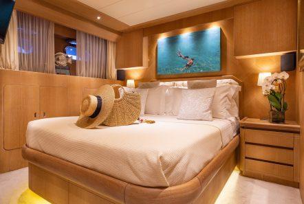 daloli motor yacht cabin -  Valef Yachts Chartering - 3284