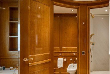 grand ocean mega yacht charter suits bath (8) min -  Valef Yachts Chartering - 3070