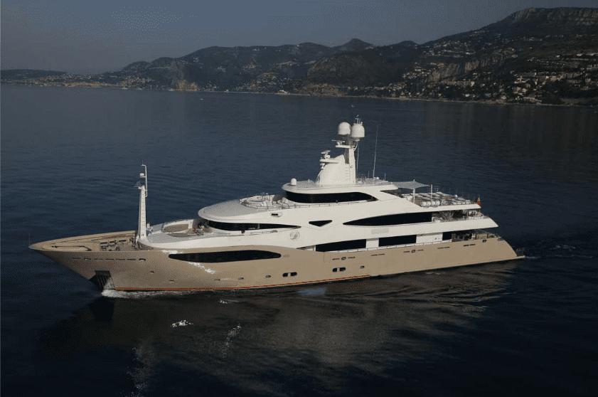 light holic megayacht exteriors (4) -  Valef Yachts Chartering - 3184