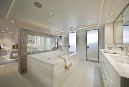 light holic megayacht master bath -  Valef Yachts Chartering - 3168