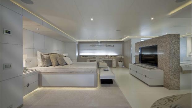 light holic megayacht master1 -  Valef Yachts Chartering - 3170