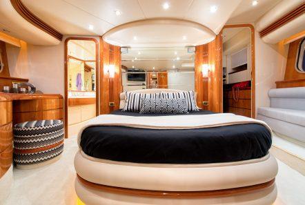 manu motor yacht cabin min -  Valef Yachts Chartering - 3313