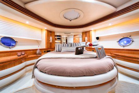 manu motor yacht vip min -  Valef Yachts Chartering - 3316