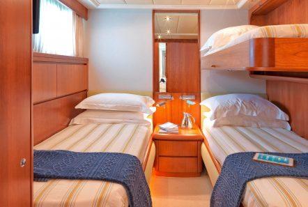martina motor yacht twins (2) min min -  Valef Yachts Chartering - 3212
