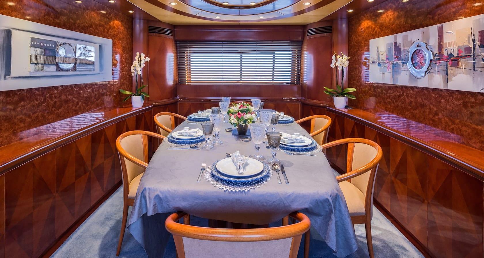 marvi de motor yacht dining min -  Valef Yachts Chartering - 2895