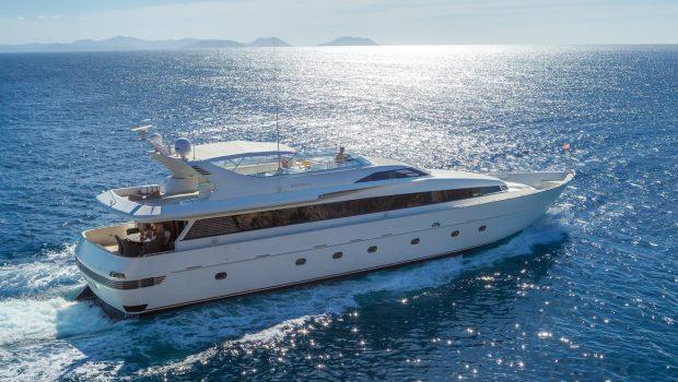 marvi de motor yacht ext side min -  Valef Yachts Chartering - 2894