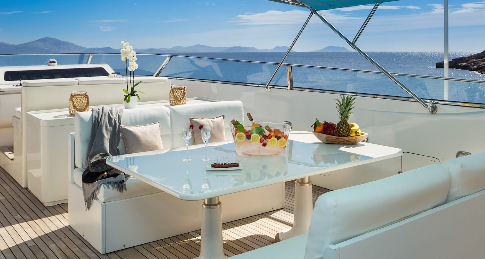 marvi de motor yacht sundeck min -  Valef Yachts Chartering - 2890