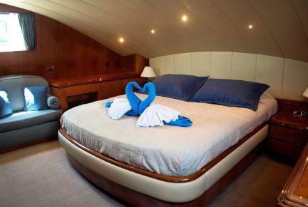 monte carlo falcon motor yacht main deck cabin min -  Valef Yachts Chartering - 3138