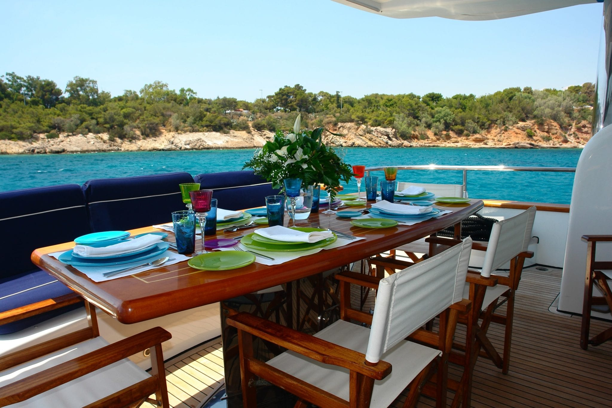 nitta v motor yacht aft dining min -  Valef Yachts Chartering - 2548