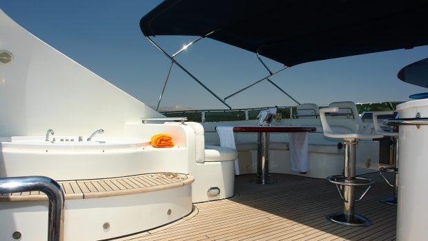 nitta v motor yacht jacuzzi min -  Valef Yachts Chartering - 2546