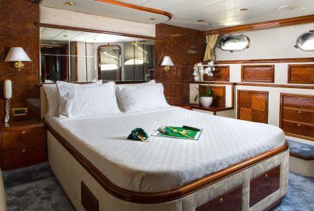nitta v motor yacht master min -  Valef Yachts Chartering - 2544