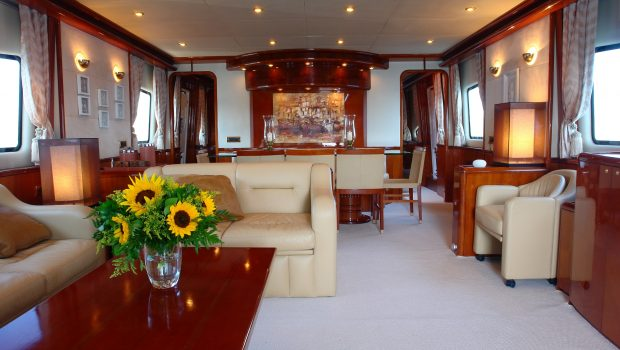 nitta v motor yacht salon min -  Valef Yachts Chartering - 2543