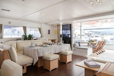 nova catamaran salon (3) -  Valef Yachts Chartering - 2723