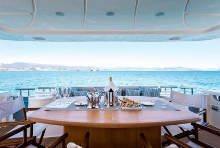 piola motor yacht aft deck (2) min -  Valef Yachts Chartering - 3363