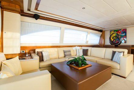 piola motor yacht main salon (4) min -  Valef Yachts Chartering - 3374