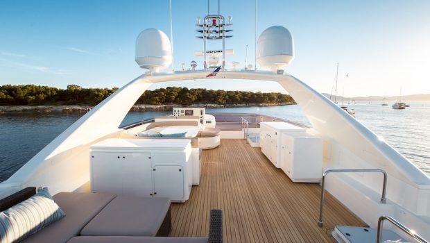piola motor yacht sundeck min -  Valef Yachts Chartering - 3368