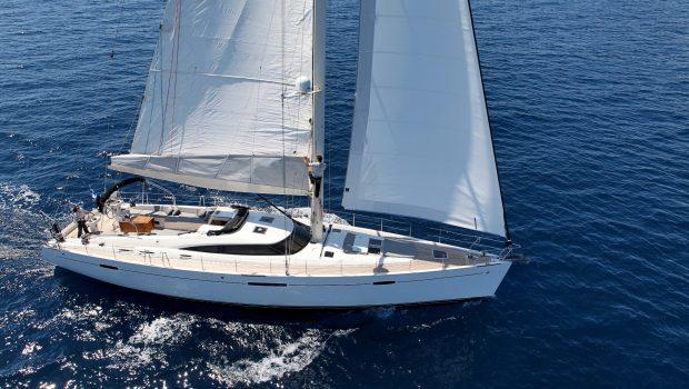 shooting star sailing yacht profiles (6) min -  Valef Yachts Chartering - 3624