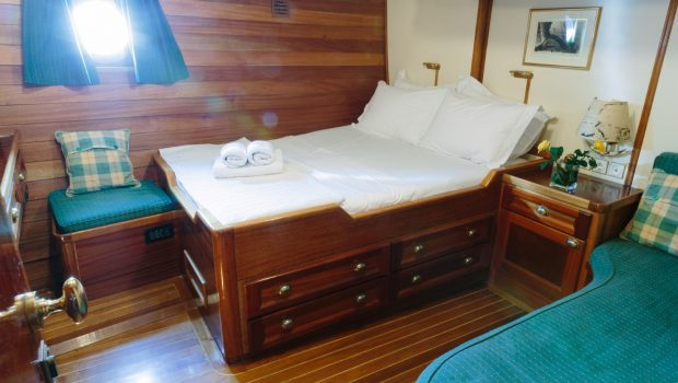 sir winston churchill classic sailing yacht 2 bedded cabin (2) -  Valef Yachts Chartering - 2783
