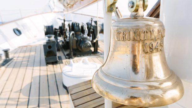 sir winston churchill classic sailing yacht bell -  Valef Yachts Chartering - 2785