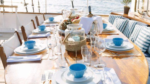 sir winston churchill classic sailing yacht dining (2) -  Valef Yachts Chartering - 2798