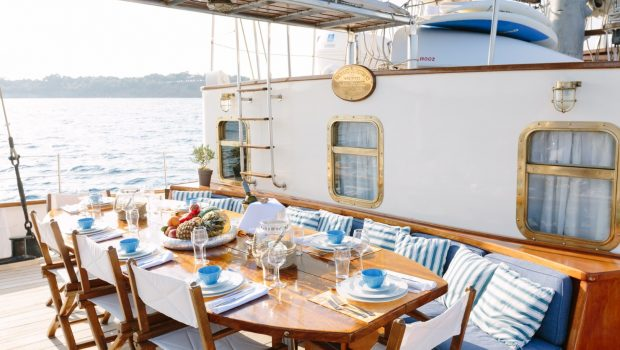 sir winston churchill classic sailing yacht dining (3) -  Valef Yachts Chartering - 2797