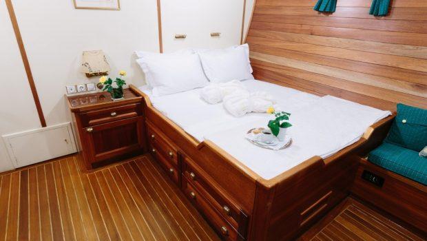 sir winston churchill classic sailing yacht double cabin (2) -  Valef Yachts Chartering - 2804