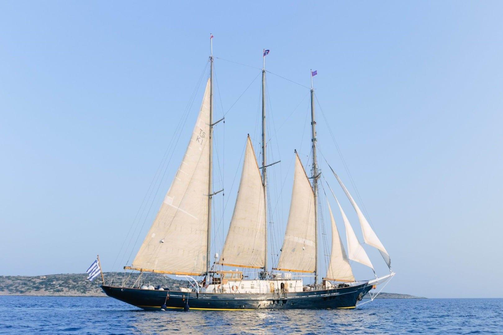 sir winston churchill classic sailing yacht profile -  Valef Yachts Chartering - 2792