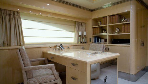 sunday megayacht master suite (5) min -  Valef Yachts Chartering - 3351