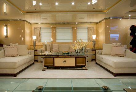sunday megayacht salon (3) min -  Valef Yachts Chartering - 3346