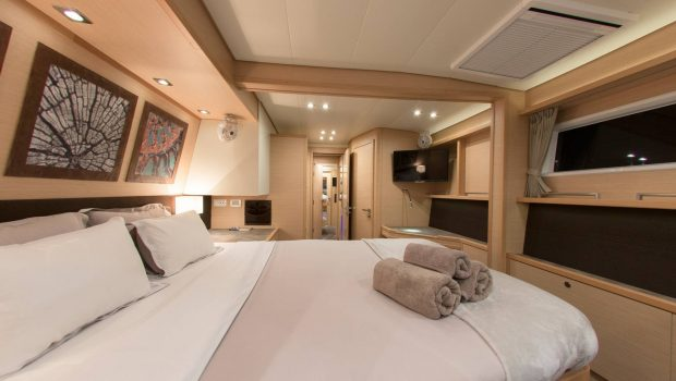 alyssa catamaran lagoon cabins (2) -  Valef Yachts Chartering - 2319