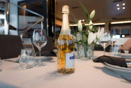 alyssa catamaran lagoon dining (1) -  Valef Yachts Chartering - 2374