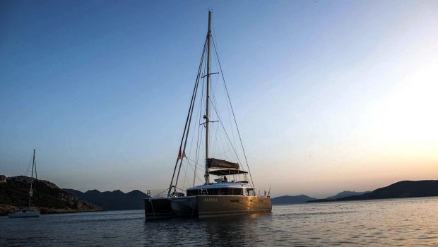alyssa catamaran lagoon exterior (4) -  Valef Yachts Chartering - 2365