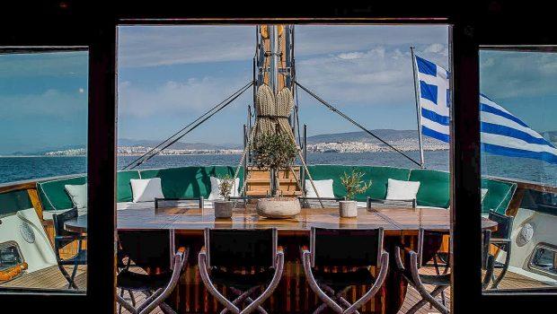 arktos motor sailer aft table (2) min -  Valef Yachts Chartering - 2298